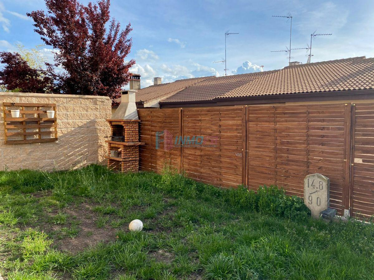 For sale of chalet in Hontanares de Eresma