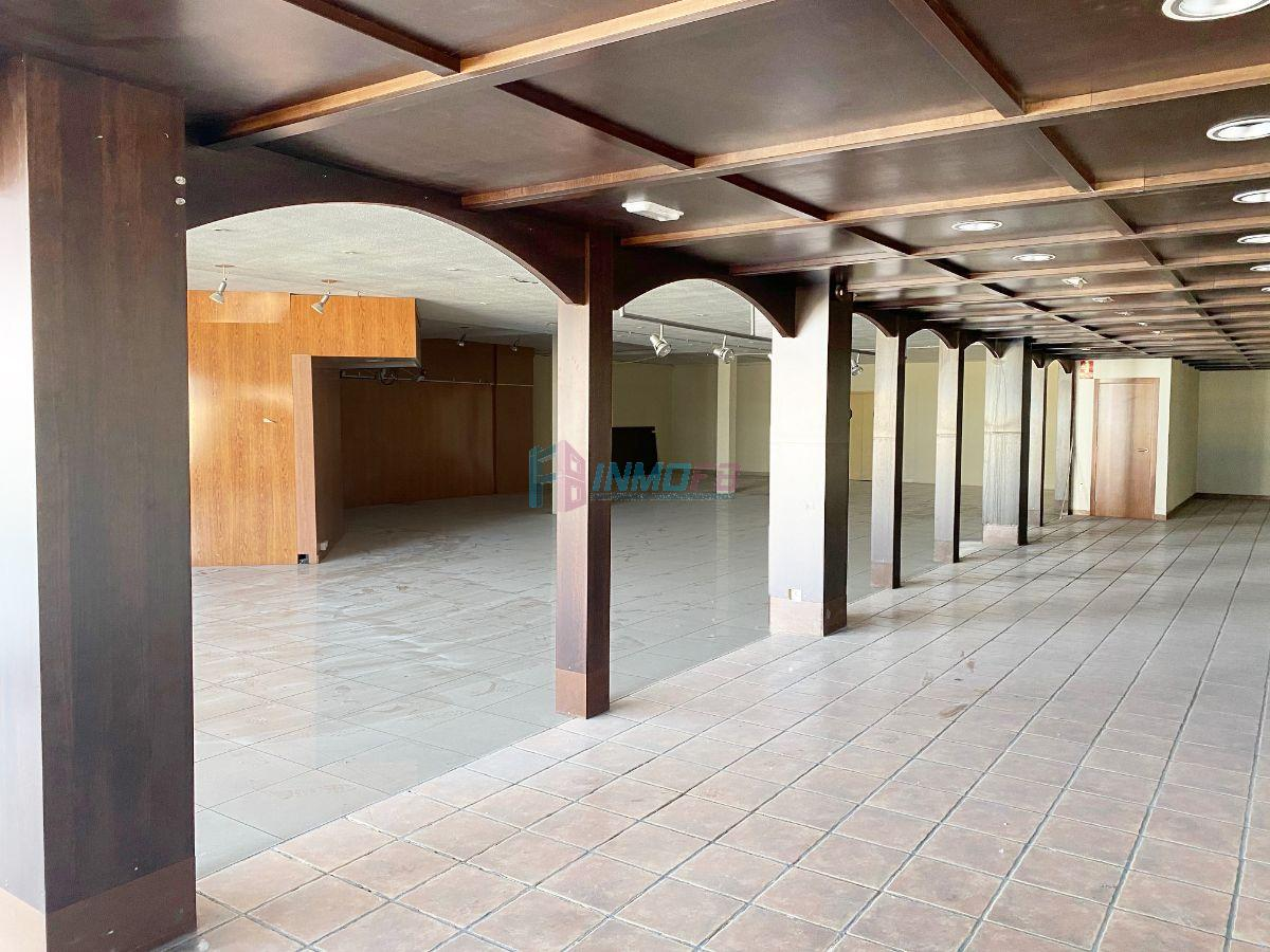 For rent of industrial plant/warehouse in Segovia