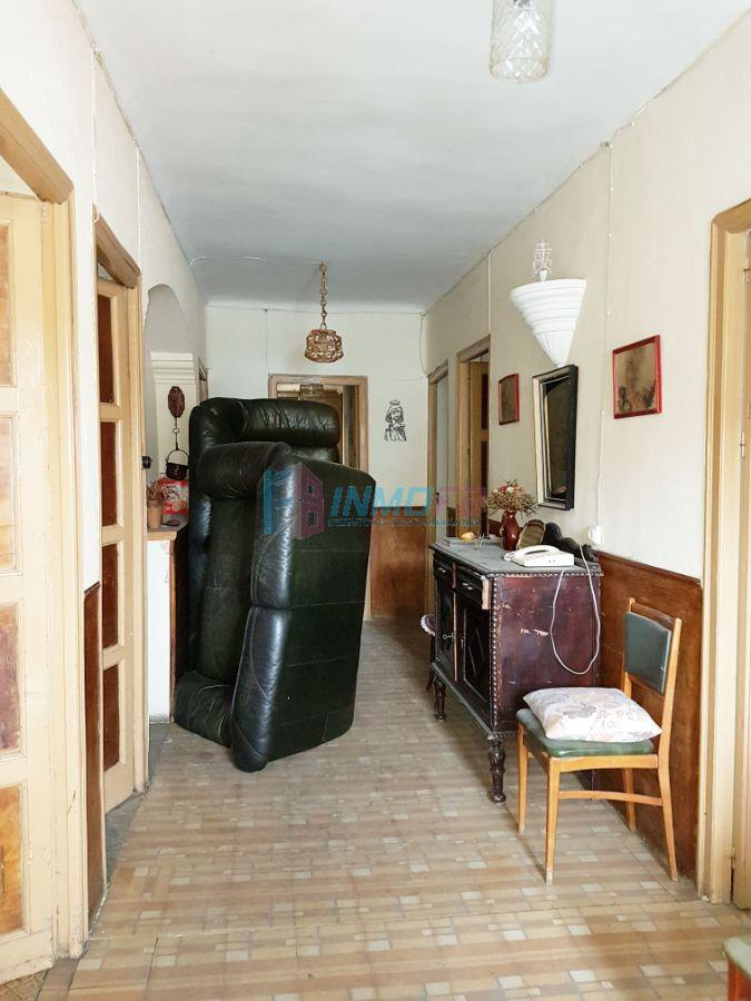 For sale of house in Navafría