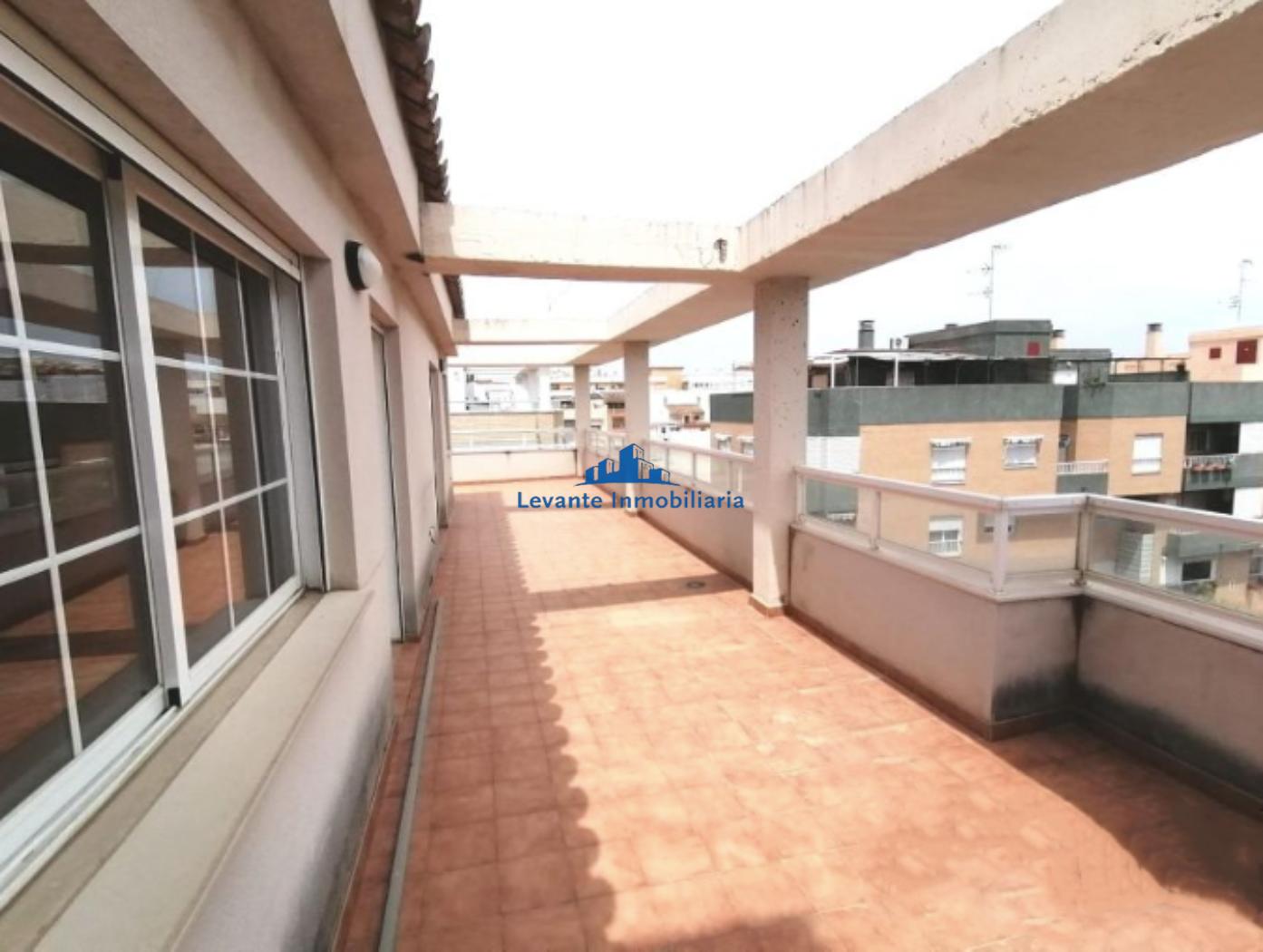 For sale of penthouse in Puerto de Sagunto