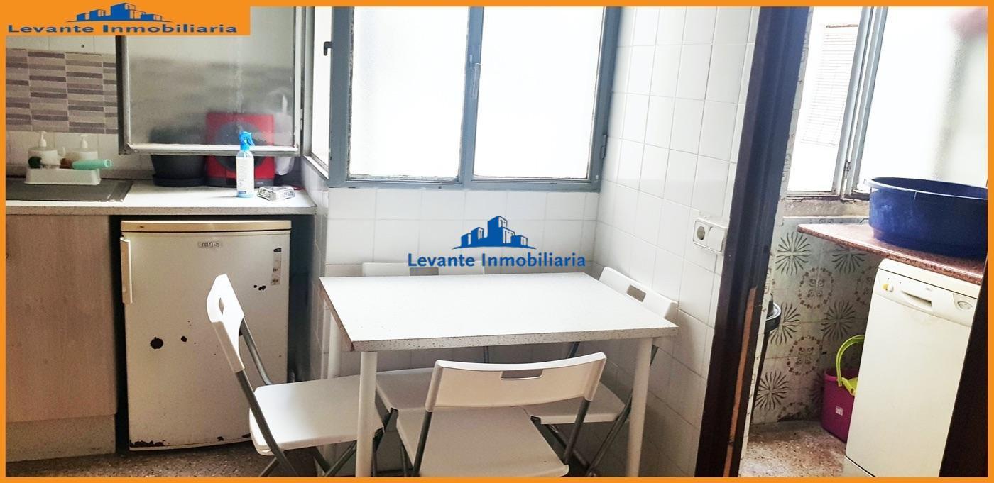 For sale of flat in Benetússer