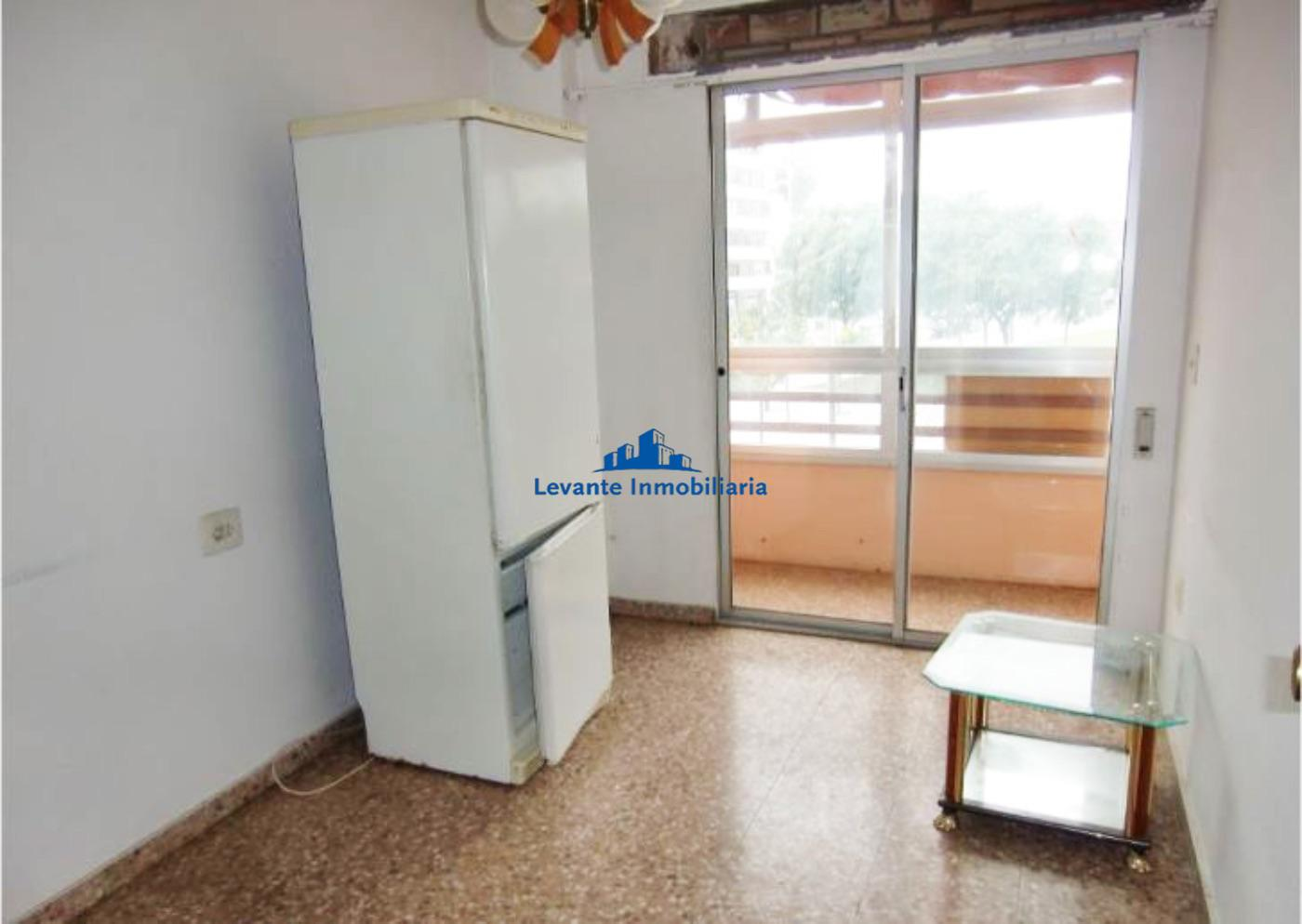 For sale of flat in Alboraya