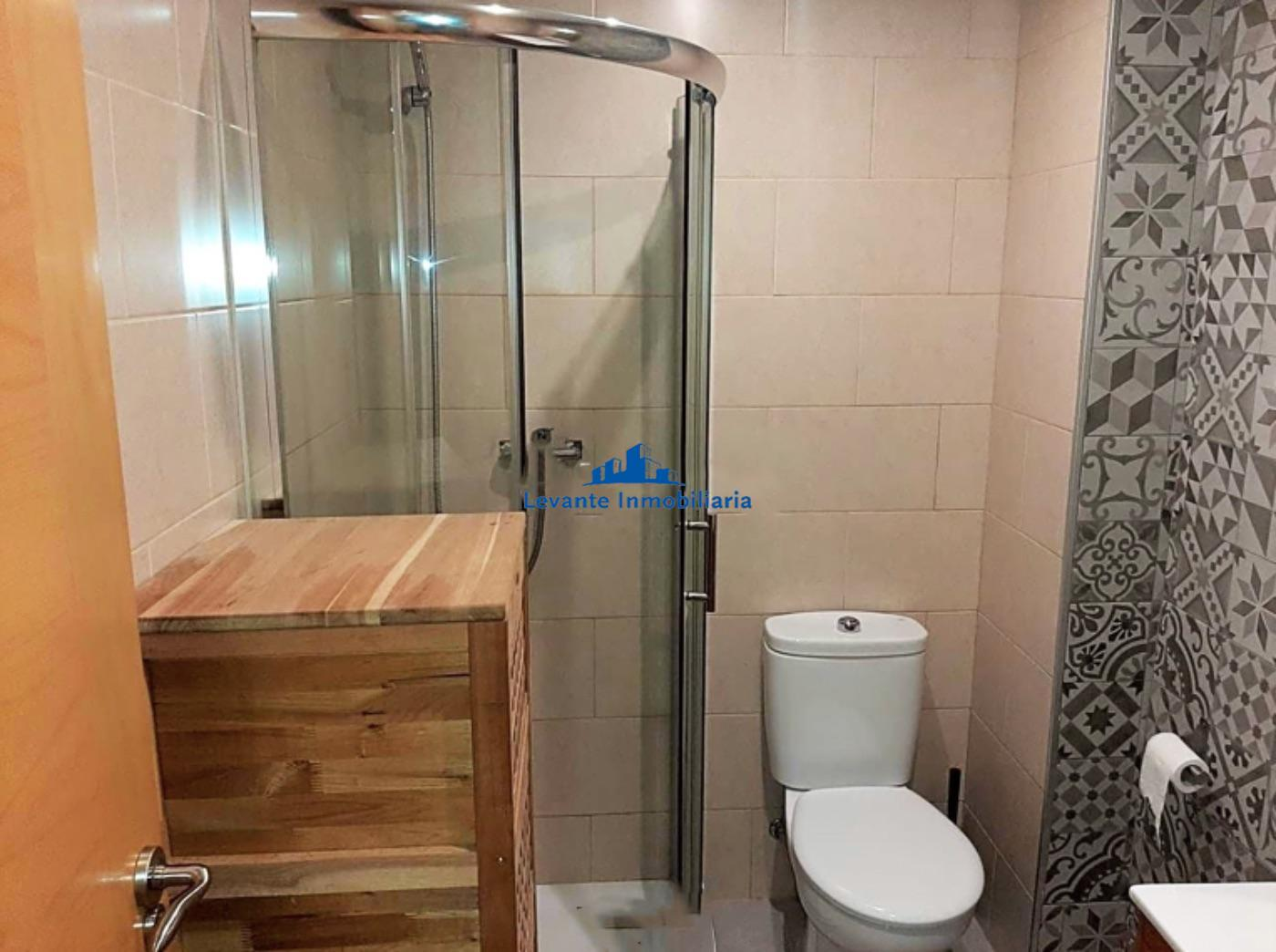 For sale of flat in Torrent