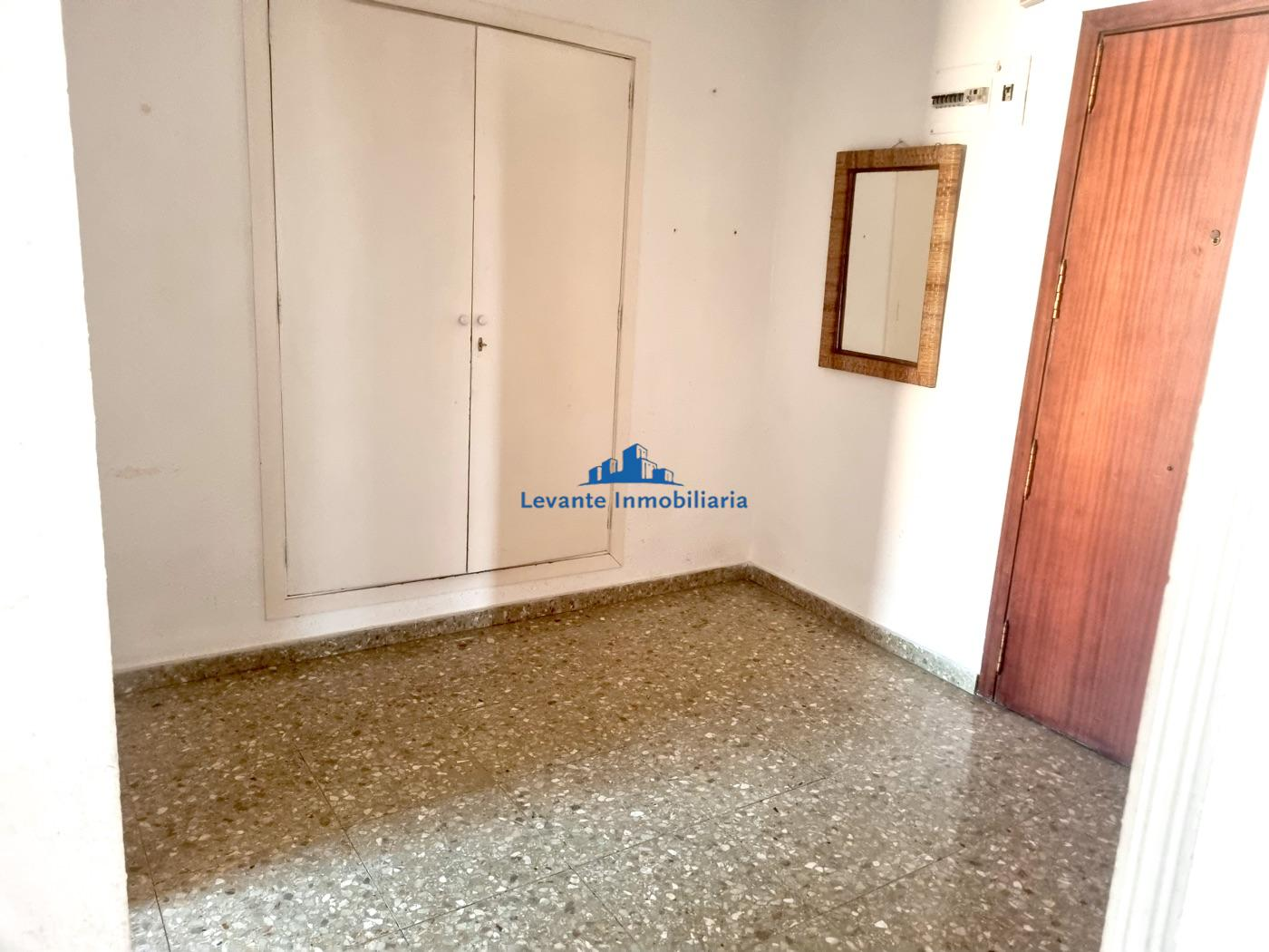 For rent of flat in Manises