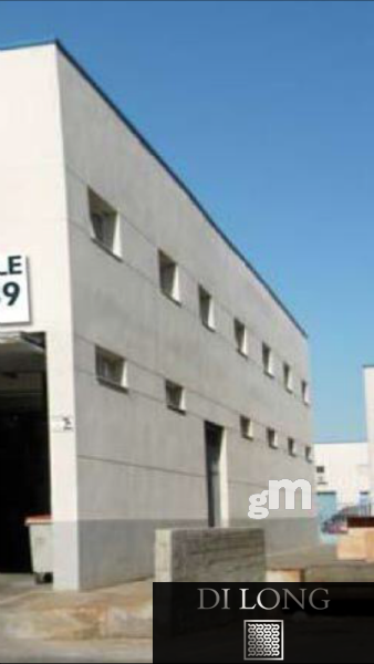 For sale of industrial plant/warehouse in Madrid