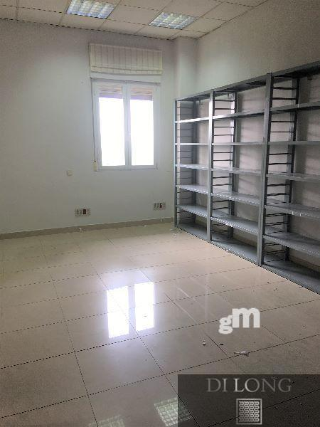 For sale of commercial in Algete