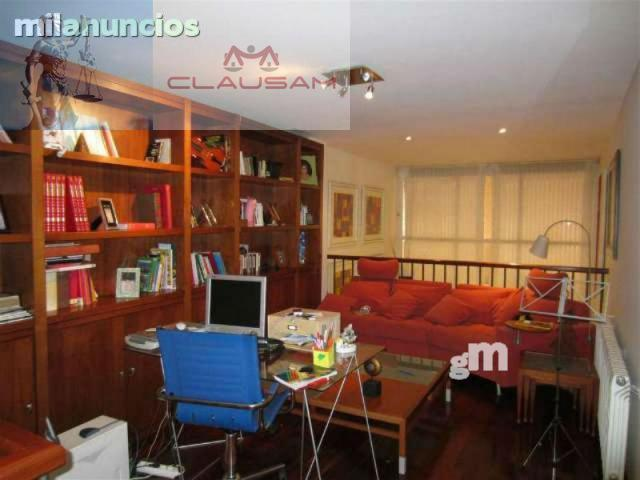 For sale of duplex in Elche