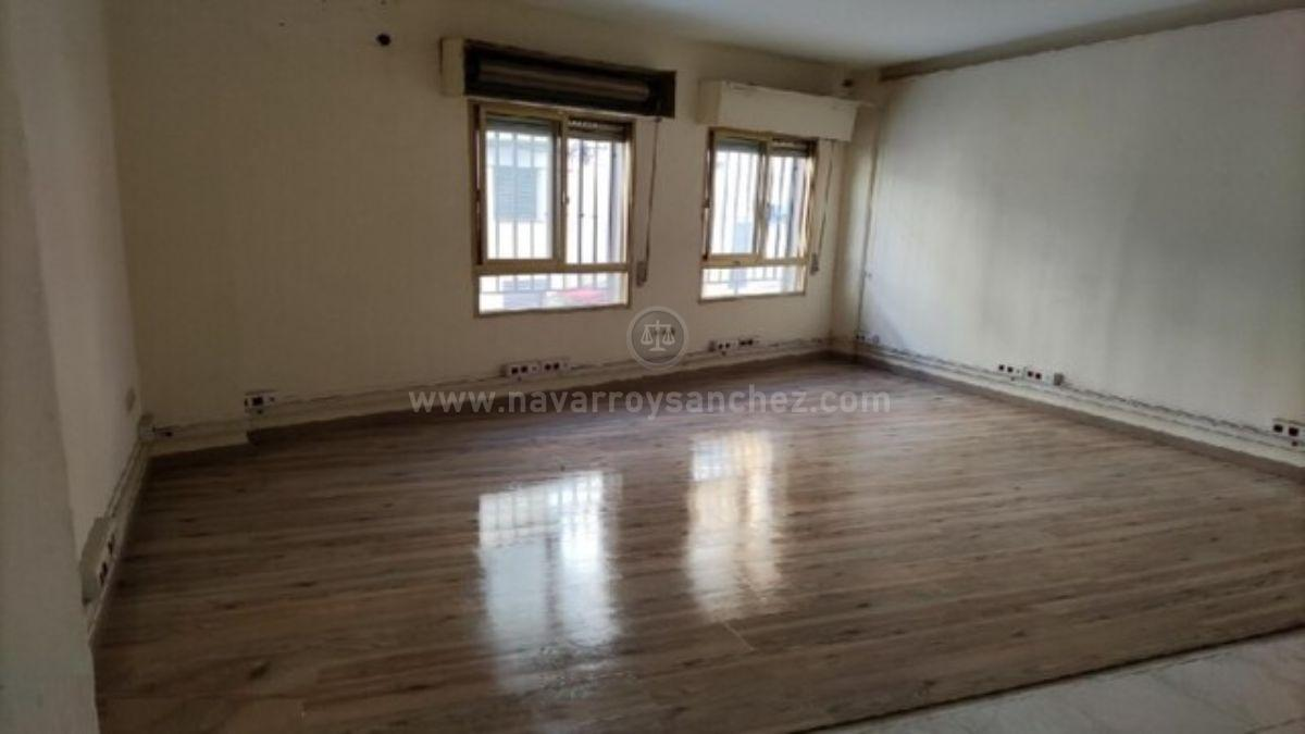 For sale of commercial in Mancha Real