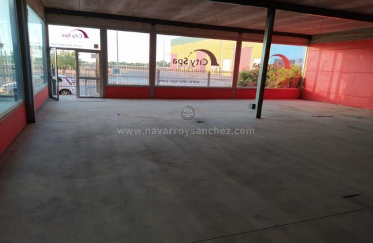 For sale of industrial plant/warehouse in Alcaracejos
