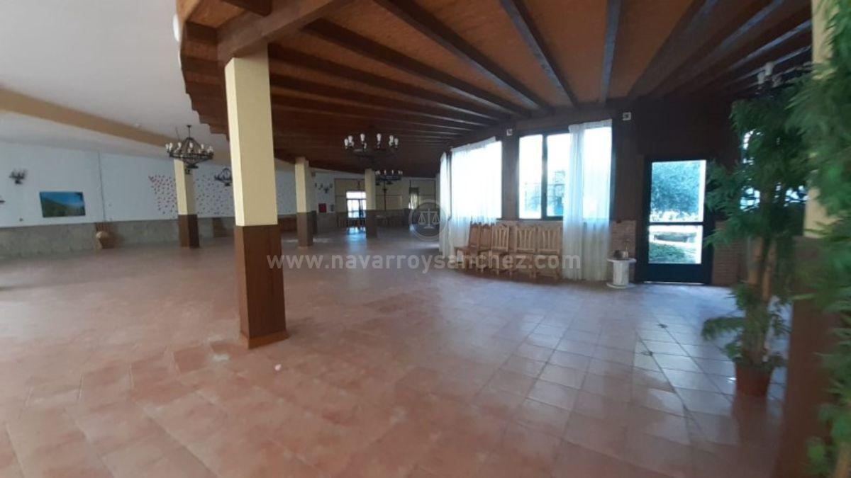 For sale of hotel in Torres