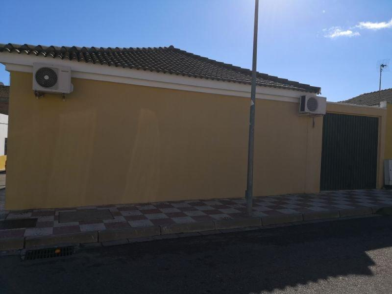 For sale of house in Burguillos