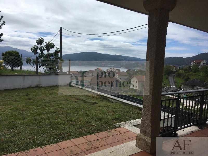Venta de chalet en Vilaboa