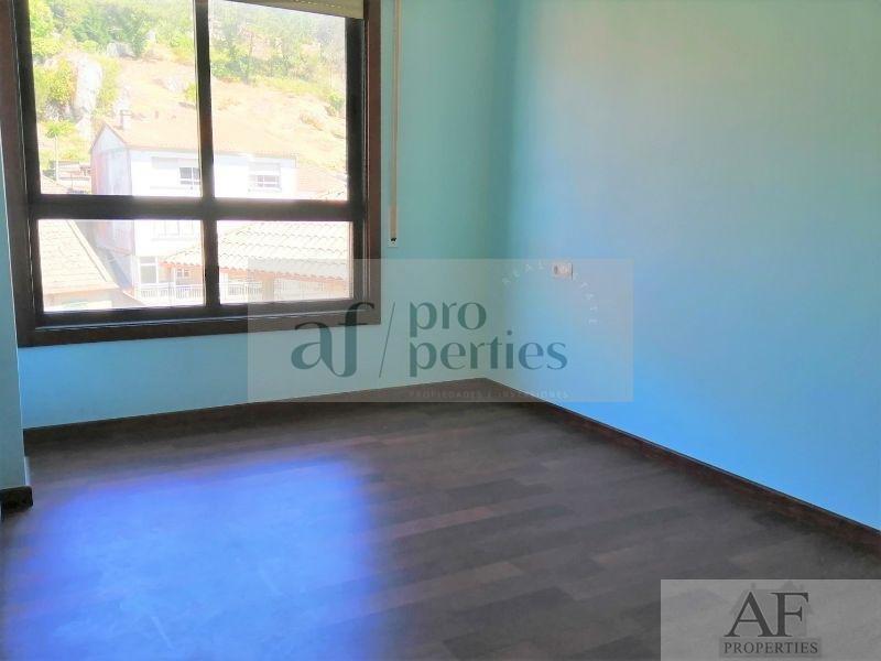 Venta de piso en Cangas