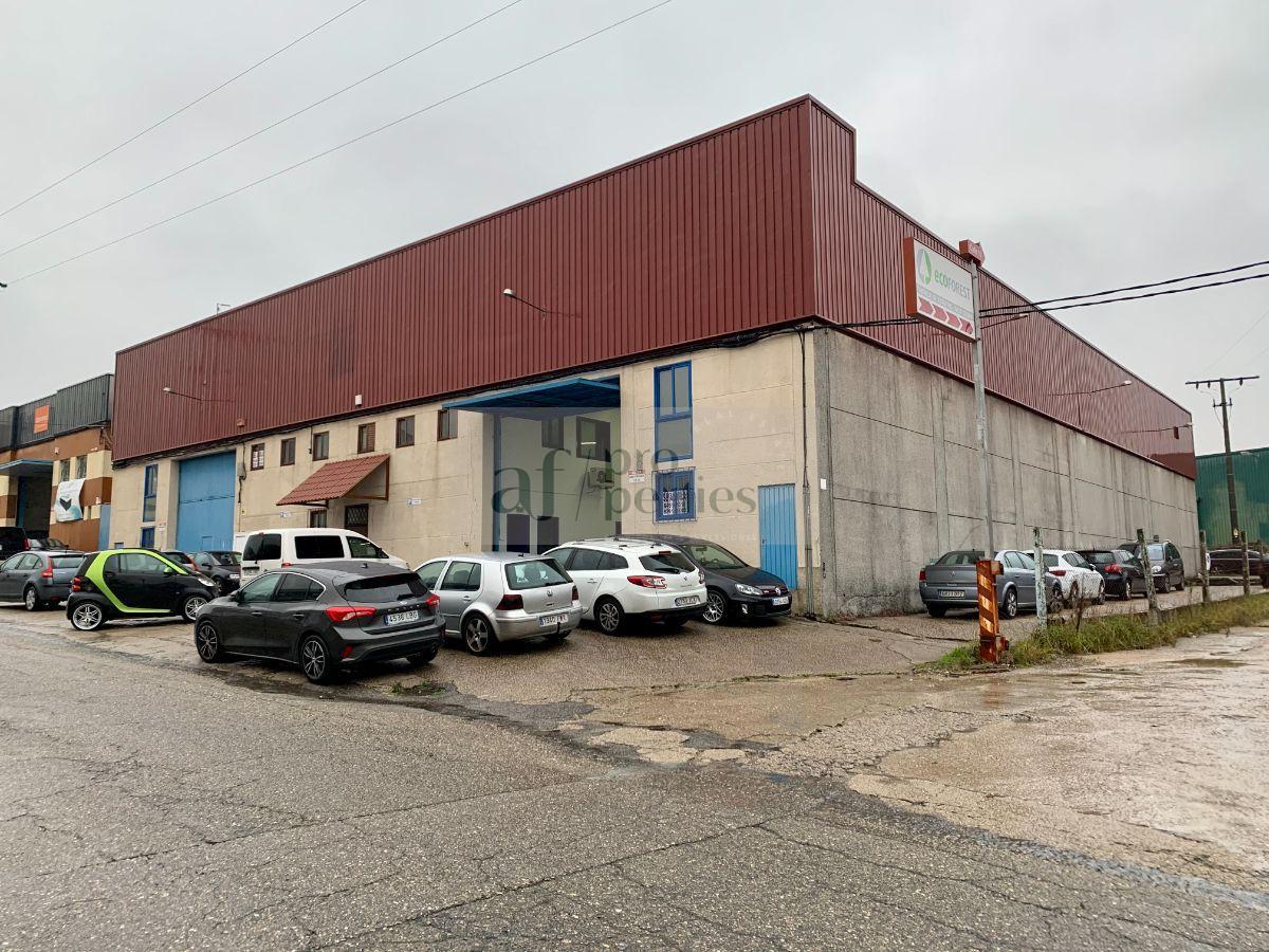 Venta de nave industrial en Gondomar