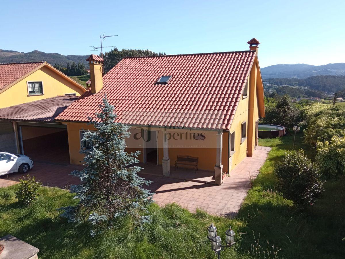 Venta de casa en Pontevedra