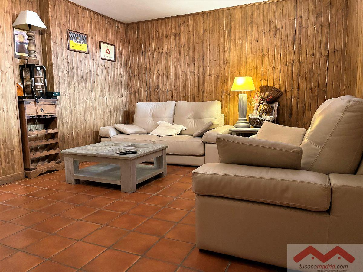 For sale of chalet in Serranillos del Valle