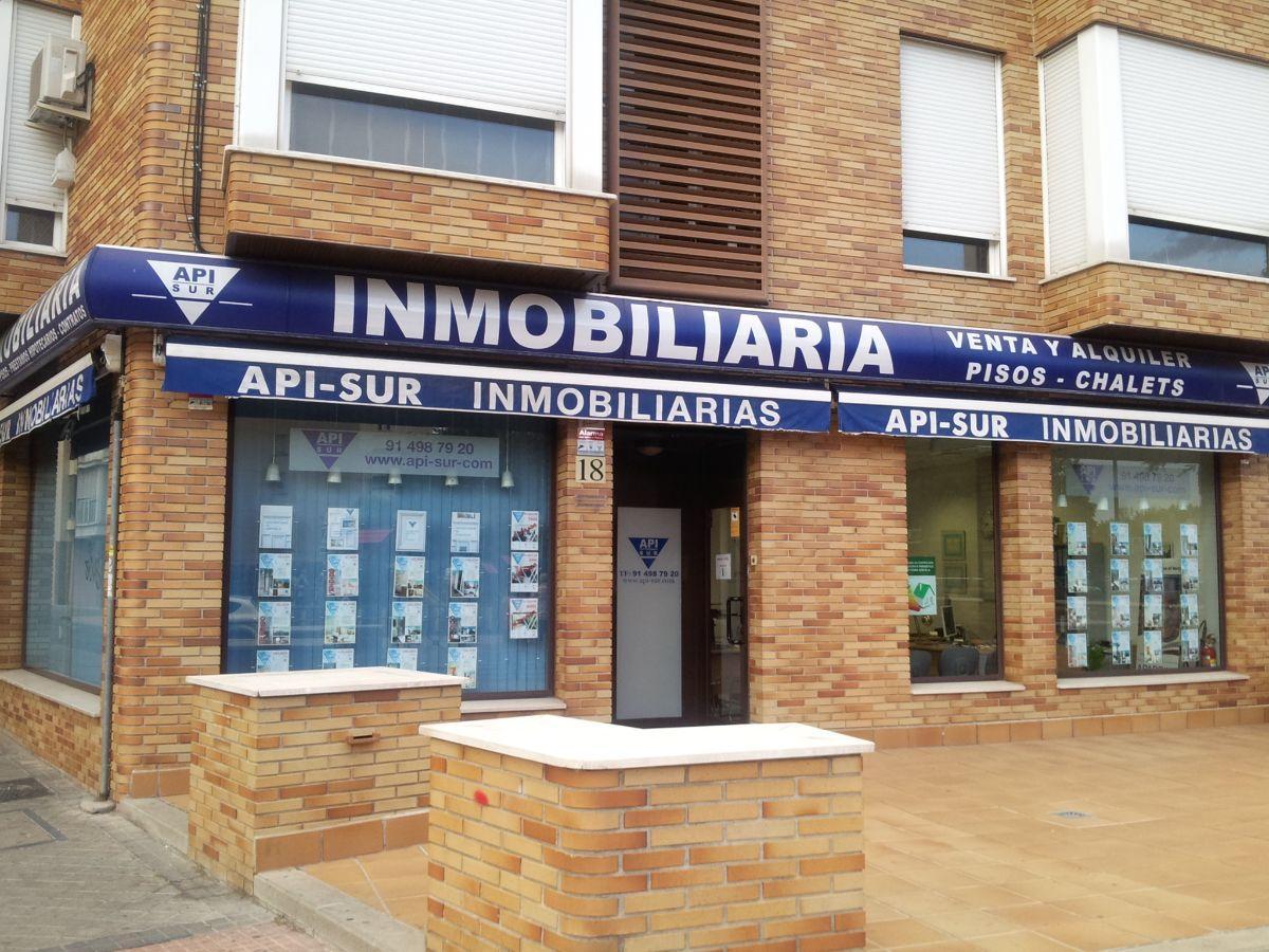 For sale of apartment in Leganés