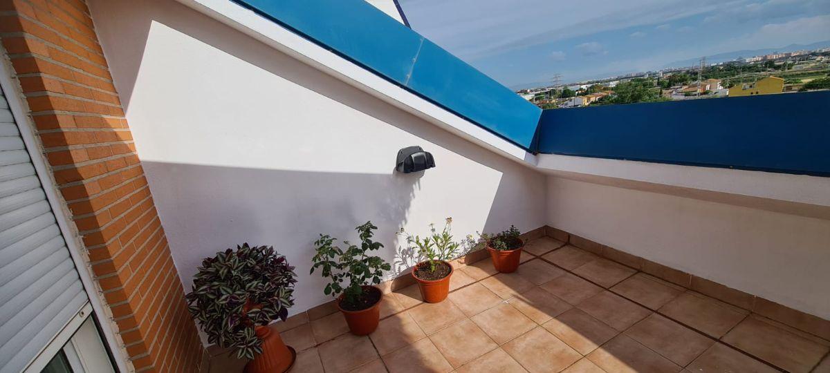 For rent of penthouse in Benetússer
