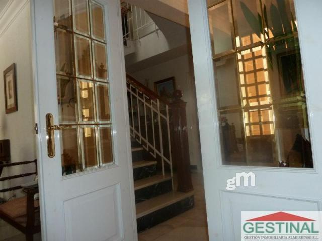 For sale of chalet in Almería