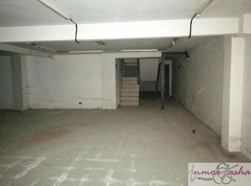For rent of commercial in Alcorcón