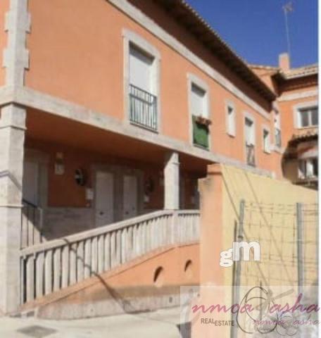 For sale of flat in Villaluenga de la Sagra