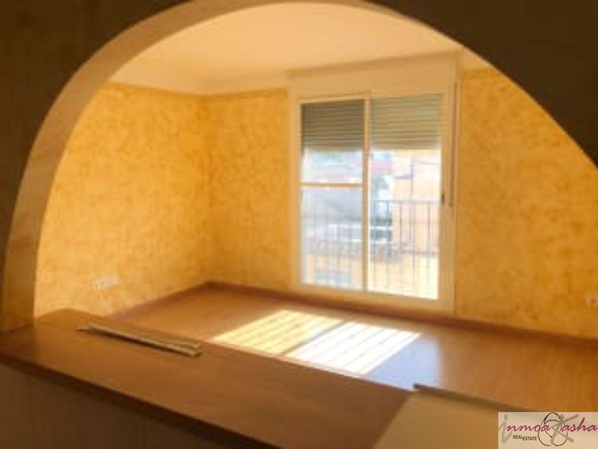 For sale of apartment in Camarena