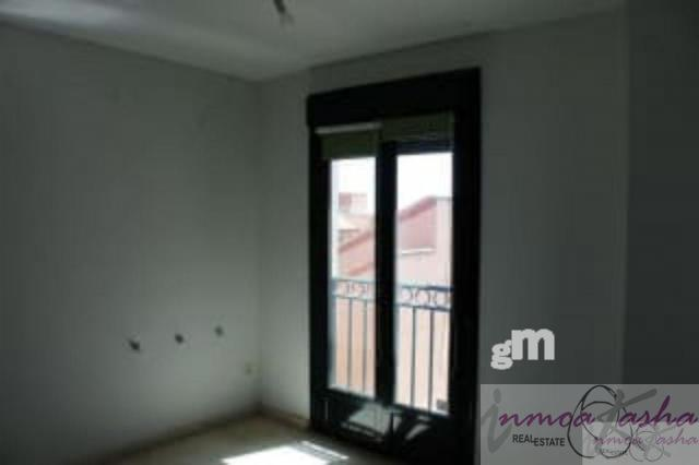 For sale of flat in Casarrubios del Monte