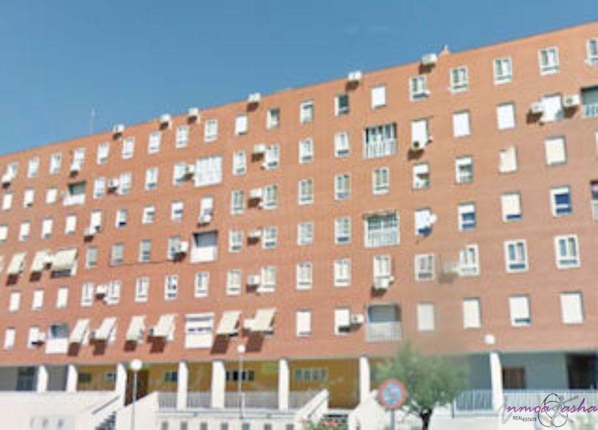 Venta de local comercial en Torrejón de Ardoz