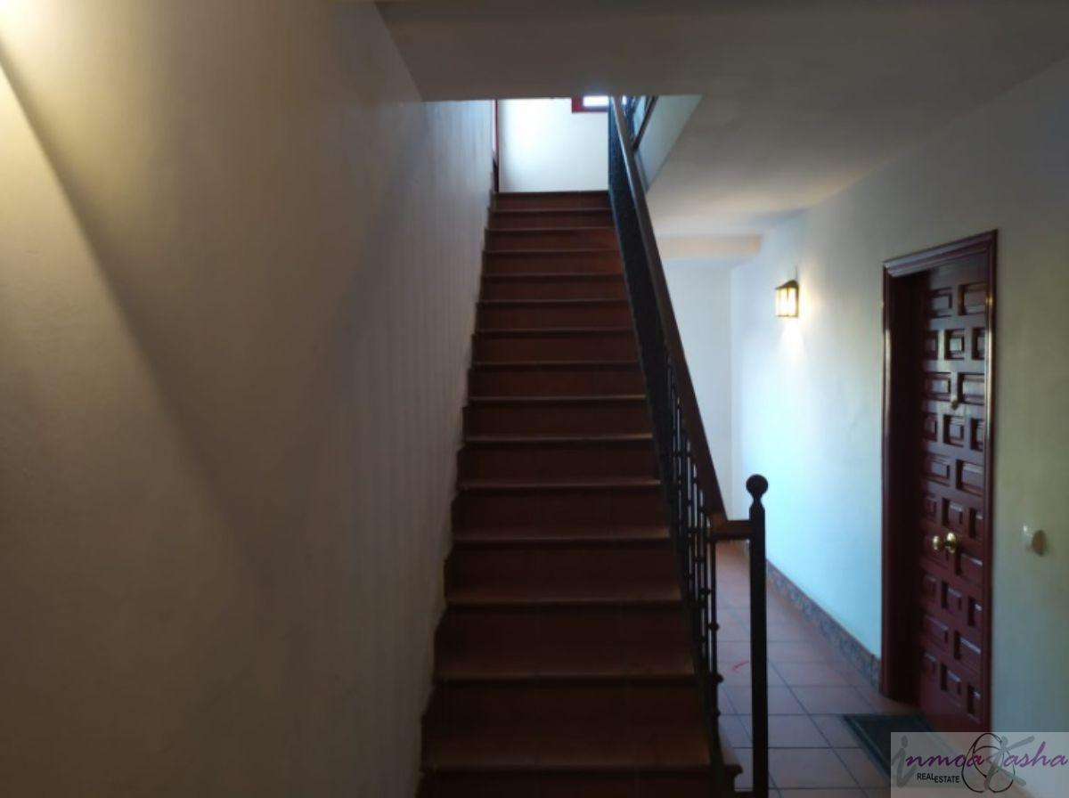 For sale of apartment in Chinchón
