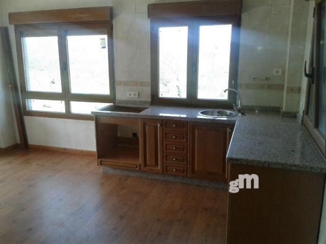 For sale of chalet in Villaviciosa