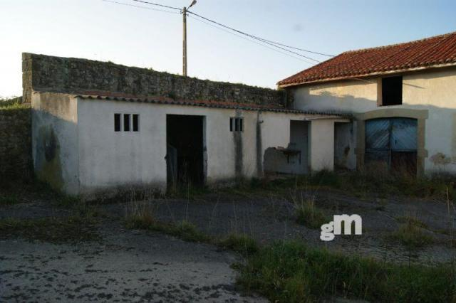 For sale of house in Villaviciosa