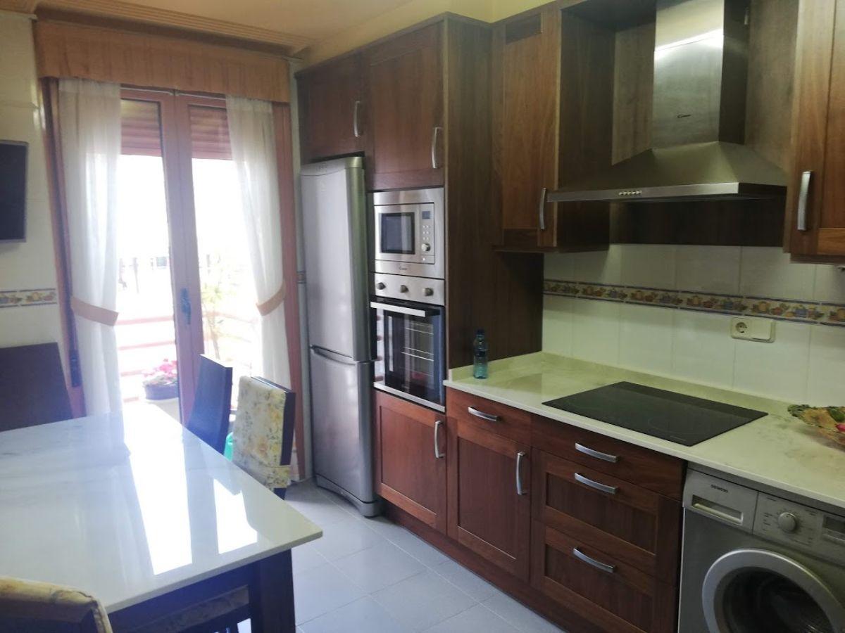 For sale of duplex in Villaviciosa