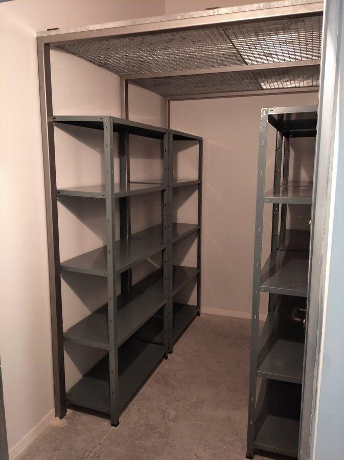 For sale of storage room in Gijón