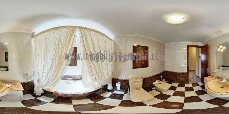 For sale of house in Fuentelapeña