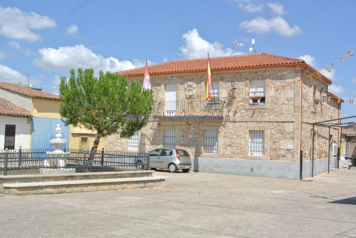 For sale of house in Golpejas