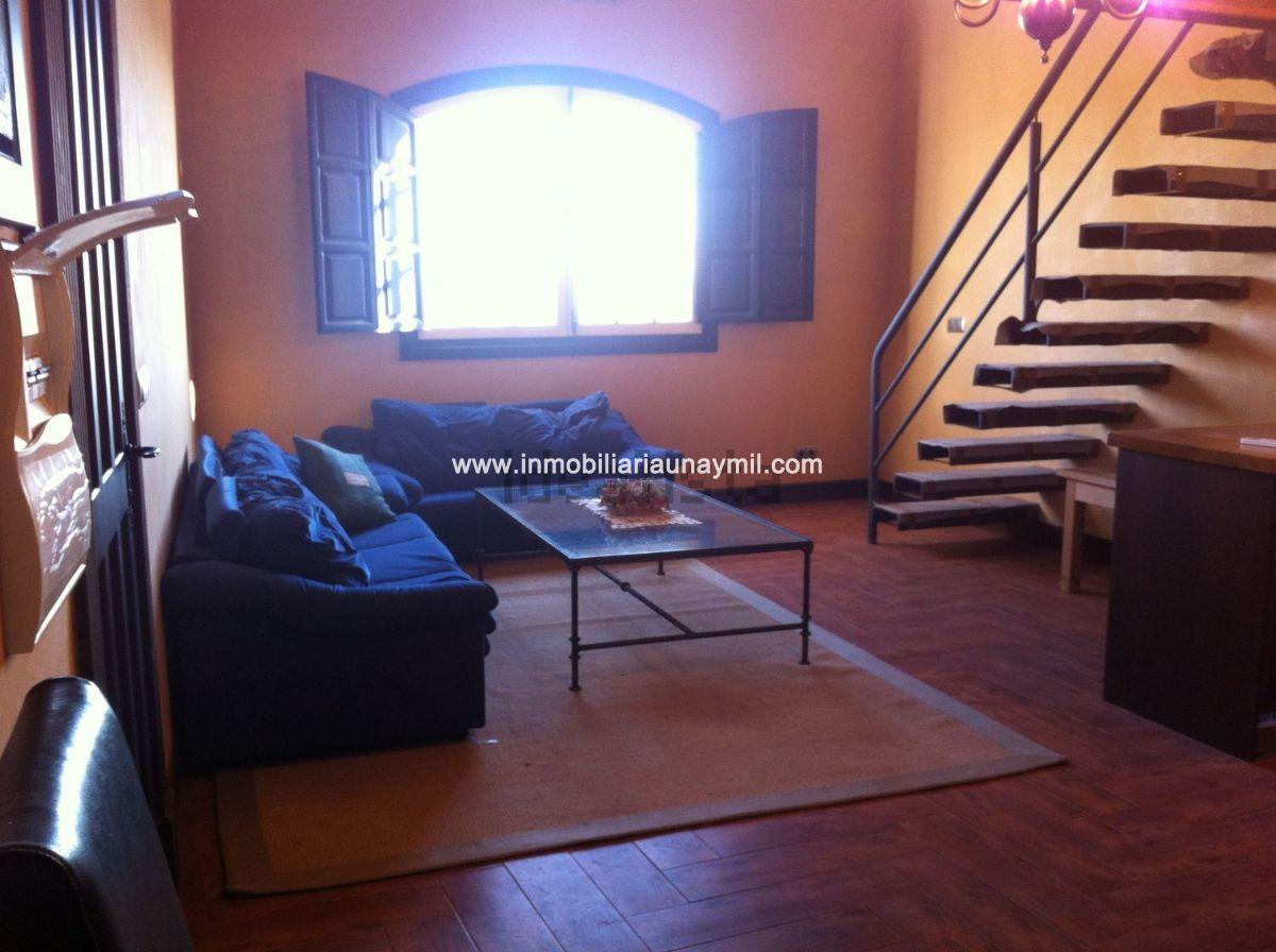 For sale of house in Espino de la Orbada