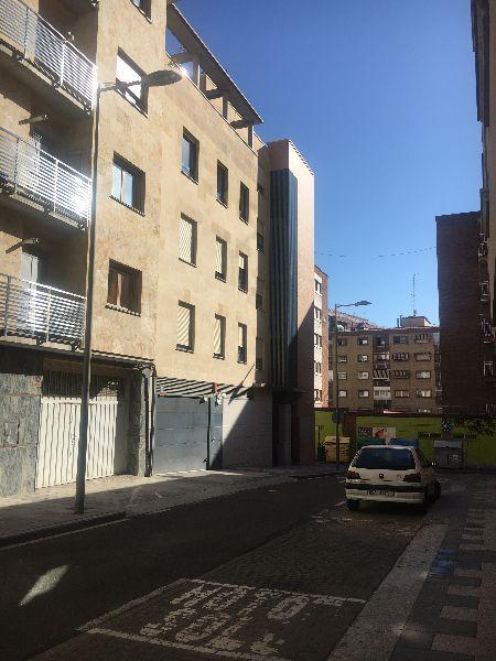 For rent of garage in Salamanca