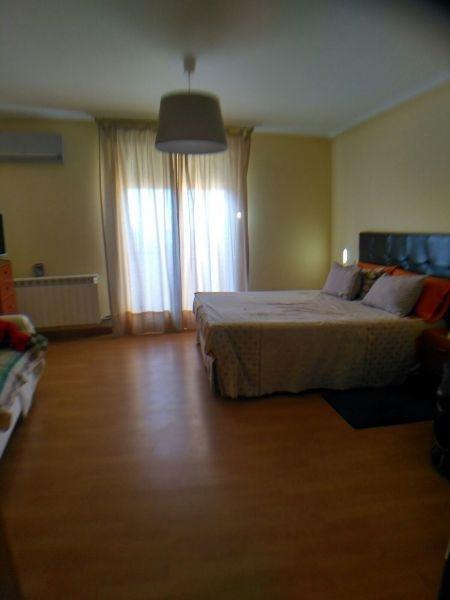 For sale of duplex in Villares de la Reina
