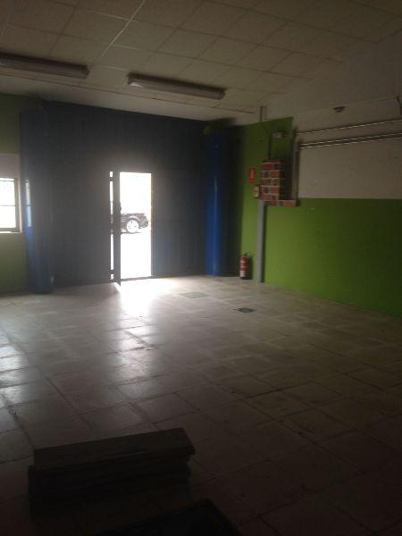 For sale of commercial in Doñinos de Salamanca