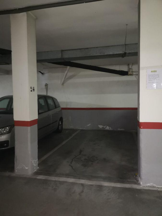 For rent of garage in Madrid