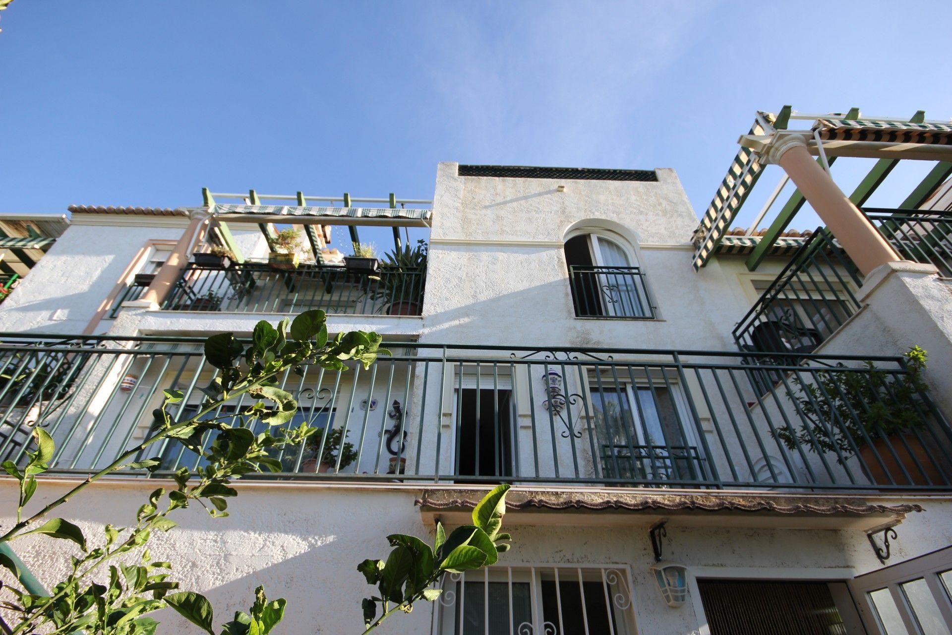 For sale of semidetached in La Nucia
