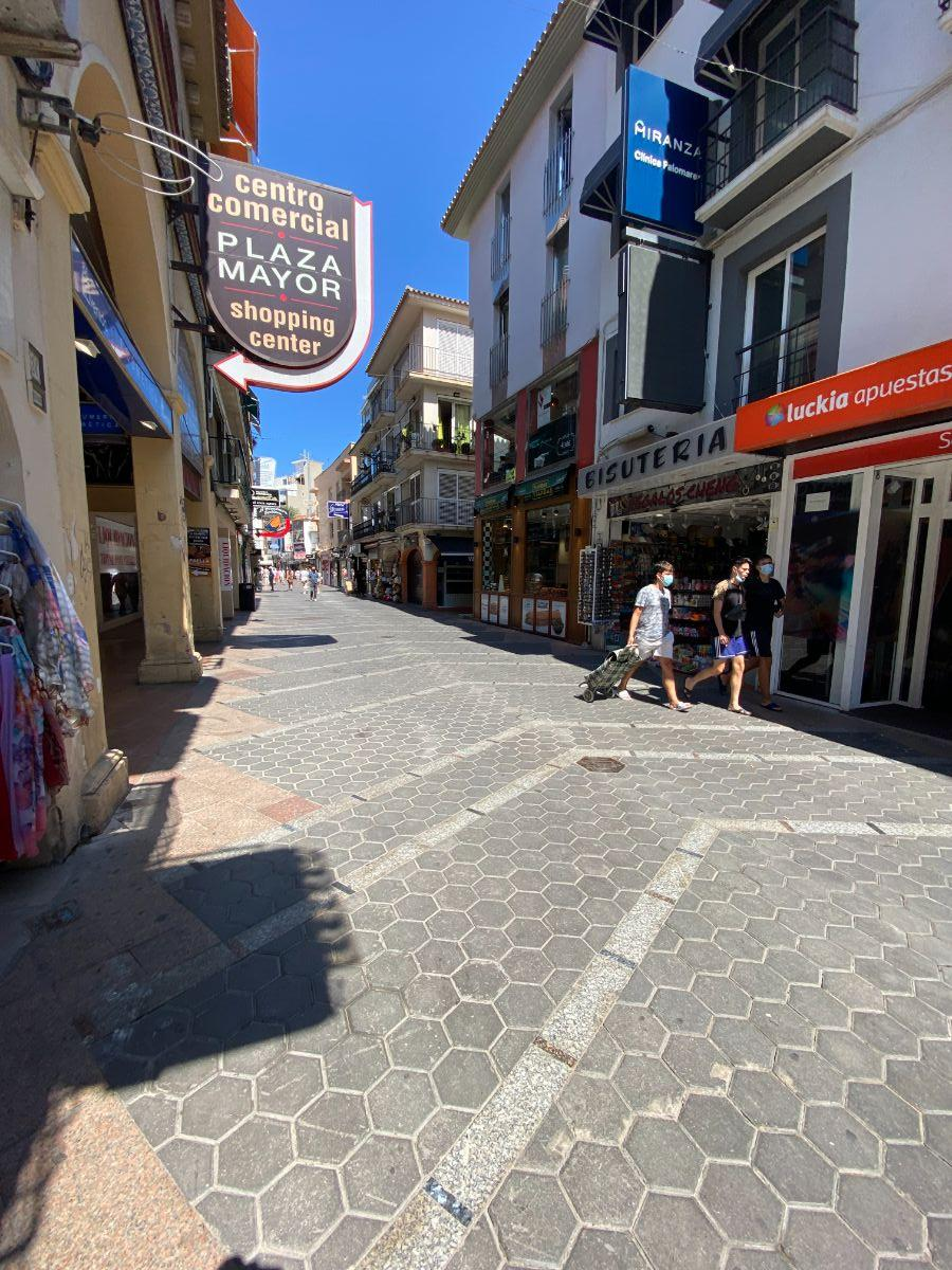 For sale of commercial in Benidorm