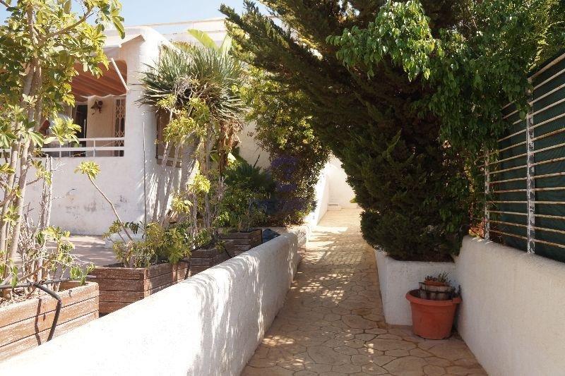 For sale of house in La Nucia