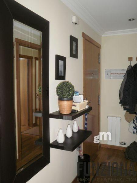 For sale of apartment in Poio