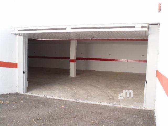 Alquiler de garaje en Orihuela Costa