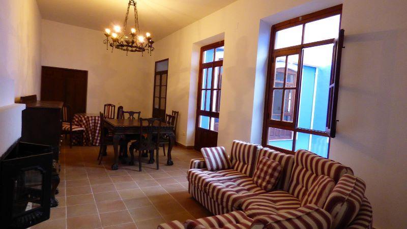 For sale of villa in Santa Cruz de Mudela