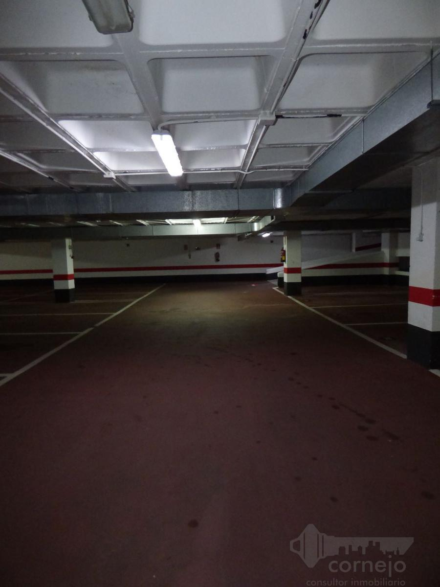 For sale of garage in Tres Cantos