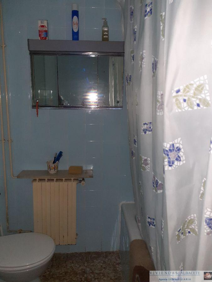 For sale of flat in Albacete