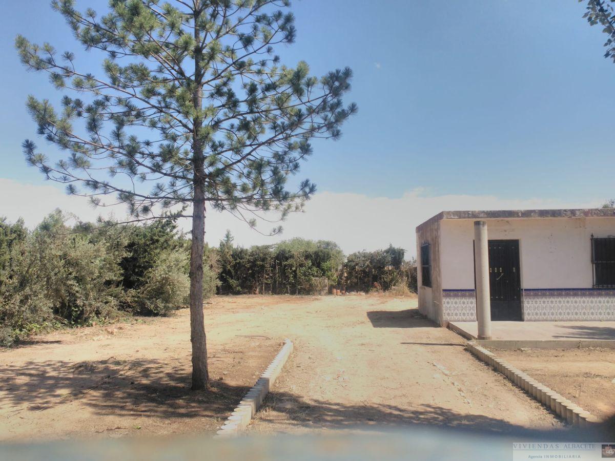 Venta de chalet en Albacete