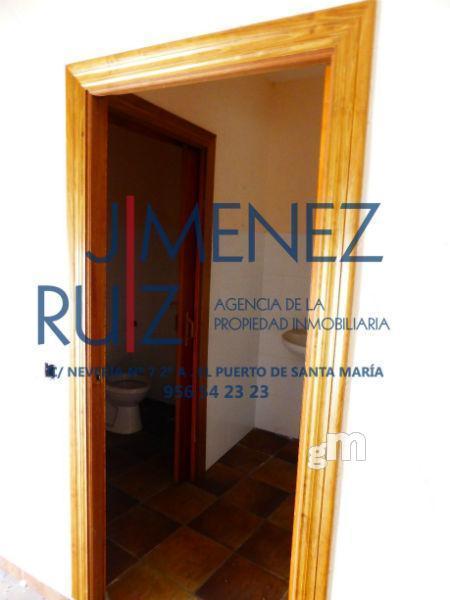 For sale of garage in El Puerto de Santa María